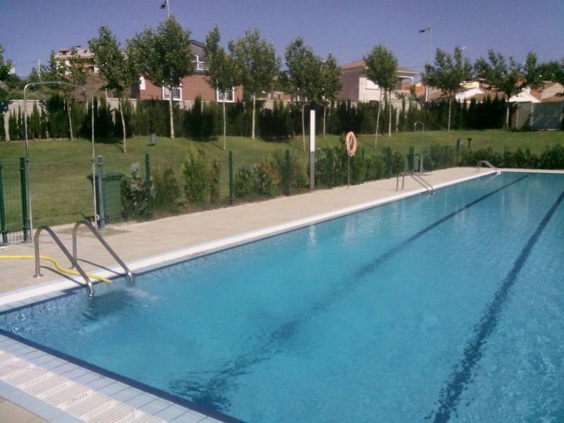 La piscina de higueras inaugura ma ana la temporada con for Piscina climatizada de zamora