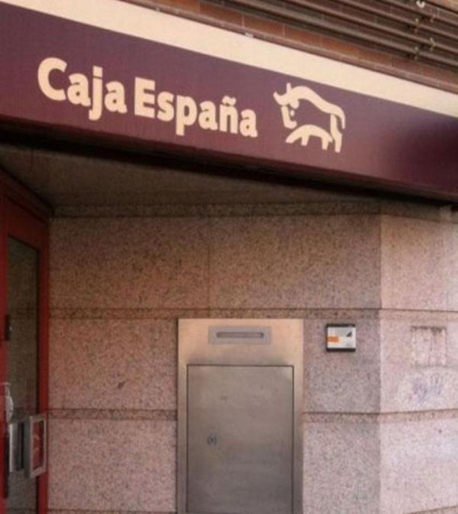 Preferentistas zamoranos califican de enga o la oferta for Caja madrid particulares oficina internet