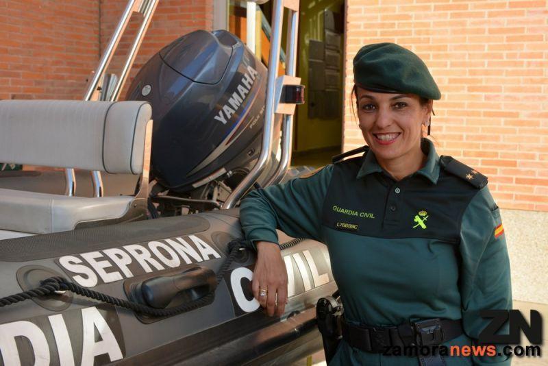 La Teniente, Maria Isabel García única oficial de la Guardia Civil en Zamora, cumple sus bodas de plata como responsable del Seprona y de la OPC