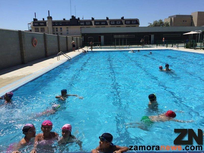 Abre la piscina de higueras con entrada gratuita zamora for Piscina climatizada de zamora