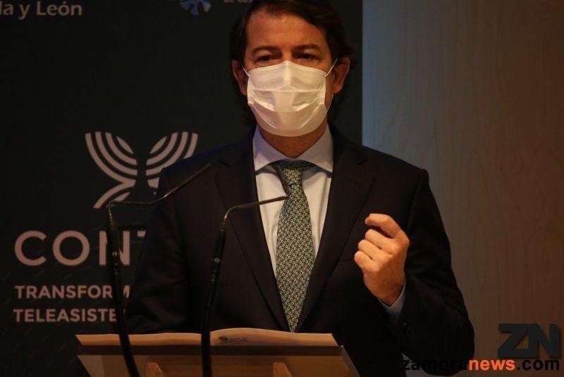 Mañueco convoca mañana a la oposición para consensuar una