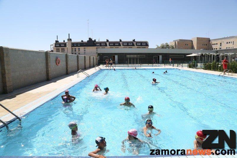 Adjudicada la gesti n y mantenimiento de las piscinas for Piscina zamora