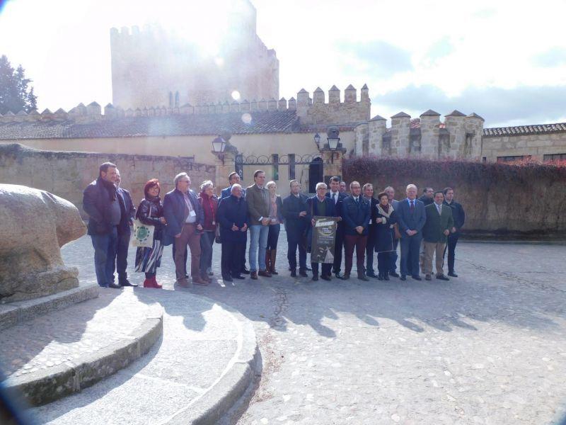 La Red de Conjuntos Históricos de Castilla y León apoyan la candidatura de Puebla para la campaña de las Campanadas de Fin de Año - Zamora News
